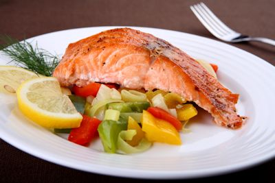 salmon-a-la-parrilla-con-vegetales-grilled-salmon-with-vegetables---s